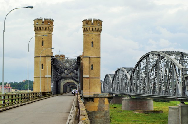 Bridges in Tczew. Bike tours – Hit The Road Travel