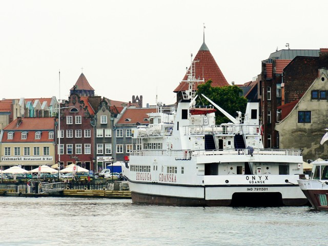 Fish Market Square in Gdansk. Marine Tours of Gdansk, Sopot, Gdynia – Hit The Road Travel
