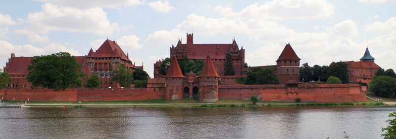 Malbork Castle. Tour to Gdansk, Sopot and Gdynia – Hit The Road Travel