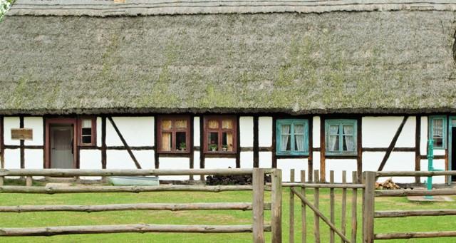 Kluki - the Chequered Land. Folk tour – Hit The Road Travel