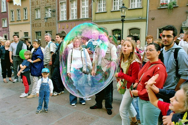 Gdansk, Dluga Street, Main City. Tour for kids in Gdansk, school trips to Poland – Hit The Road Travel