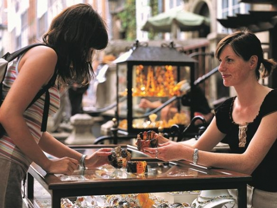 Mariacka street in Gdansk, shops with amber jewellery. Amber tours – Hit The Road Travel