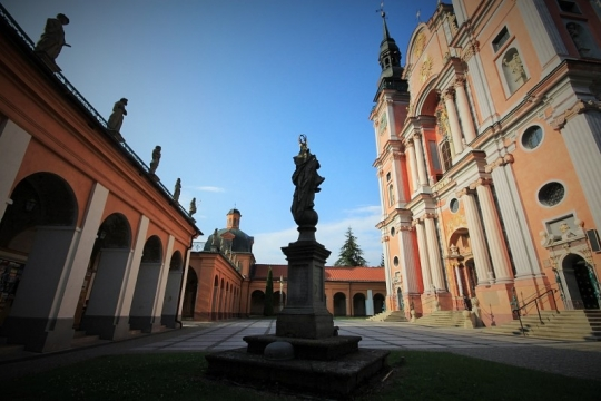 The Basilica of the Visitation in Swieta Lipka. Tours of Poland – Hit The Road Travel
