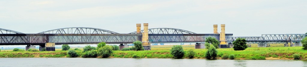 Road bridge in Tczew. Heritage tours, engineering tour – Hit The Road Travel