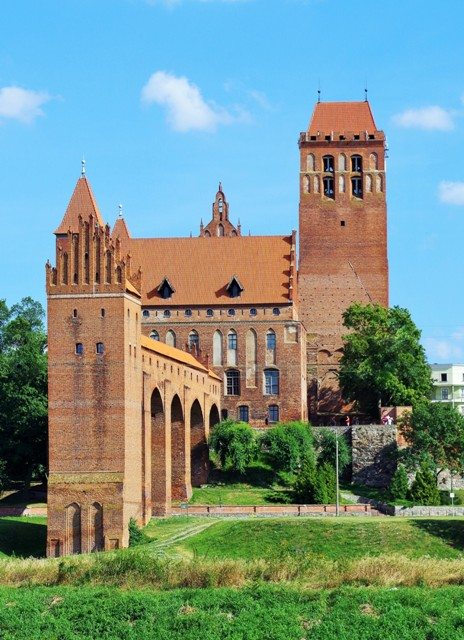 Castle in Kwidzyn. Tour of Poland – Hit The Road Travel
