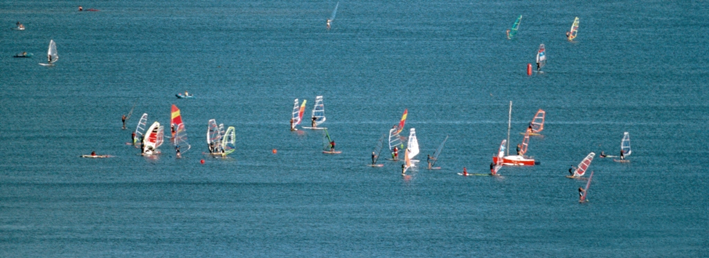 Windsurfing on Puck Bay. Active travel to Poland, sport tours to Gdansk – Hit The Road Travel