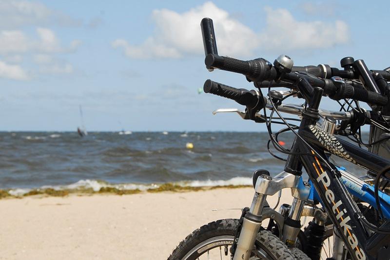 Bike trips along Hel Peninsula. Bike tours – Hit The Road Travel