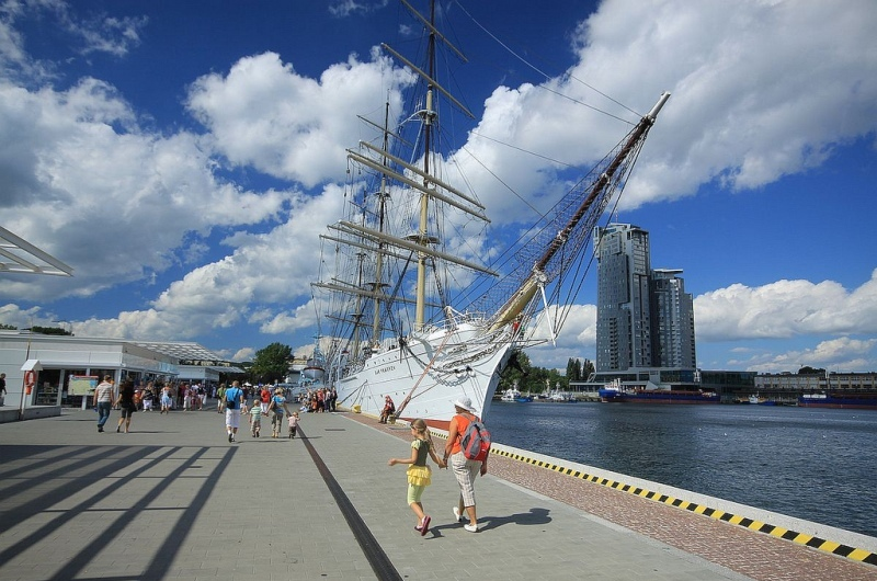 Gdynia, Dar Pomorza. Marine Tours of Gdansk, Sopot, Gdynia – Hit The Road Travel
