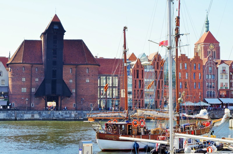 Zuraw - Gdansk Crane, The Motlawa river. Heritage tours, engineering tour – Hit The Road Travel