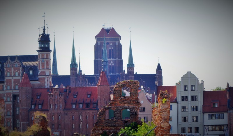 Ruins of the Granary Island in Gdansk. Military tour – Hit The Road Travel