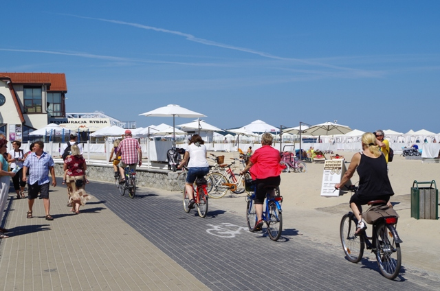 Seaside bike path from Gdynia to Gdansk. Bike tours – Hit The Road Travel