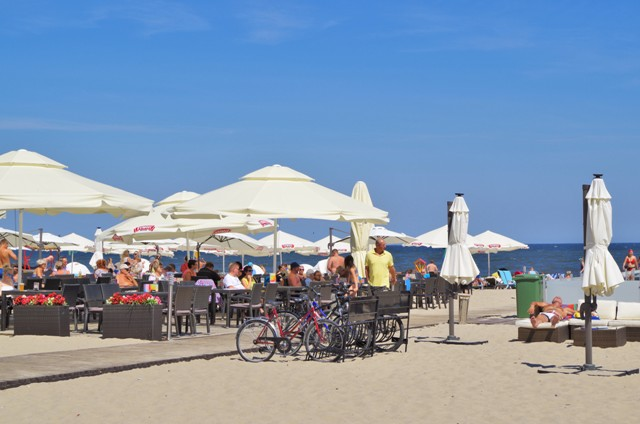 Beach in Sopot. Bike tours – Hit The Road Travel