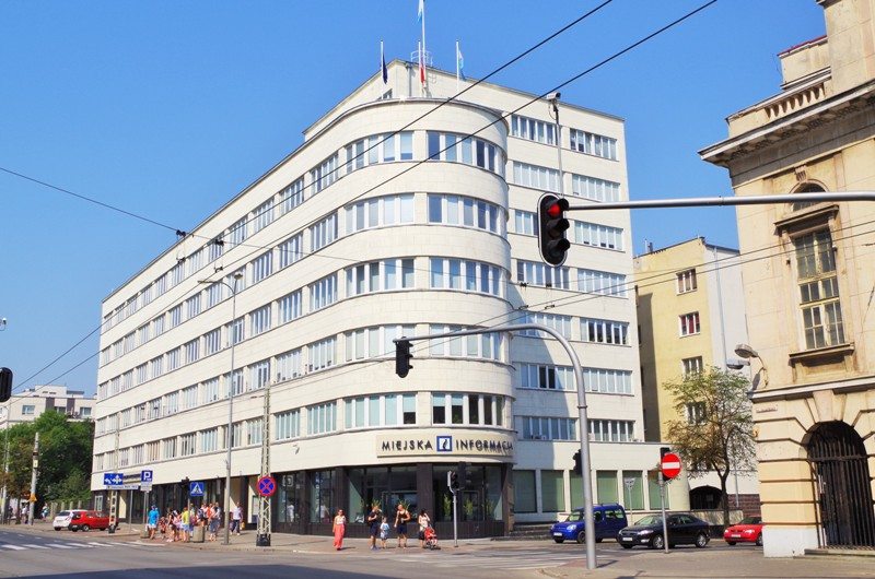 Modernistic architecture in Gdynia. Tour to Gdansk, Sopot and Gdynia – Hit The Road Travel