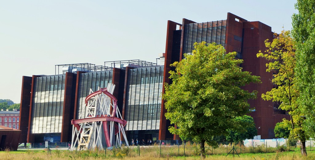 European Solidarity Centre, Gdansk. Guided tour of European Solidarity Centre – Hit The Road Travel