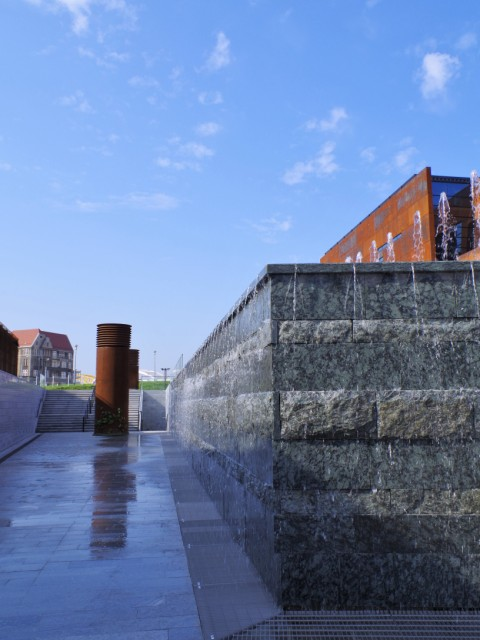 European Solidarity Centre. Gdansk tours by a nostalgic tram – Hit The Road Travel