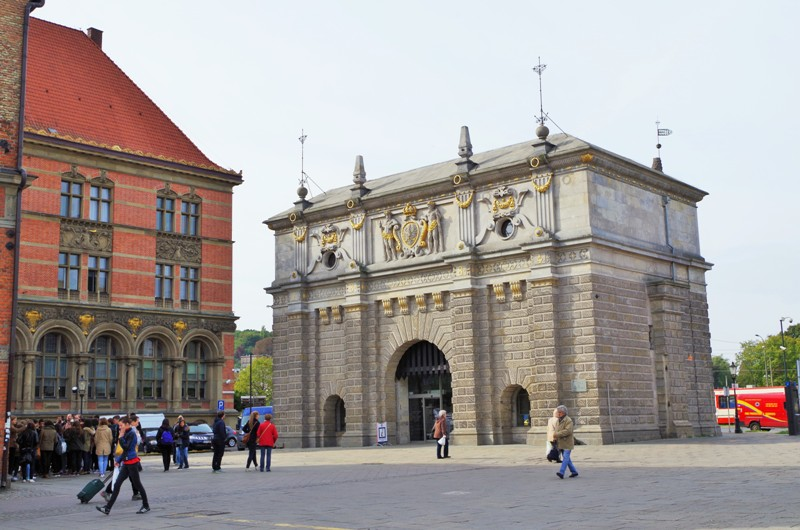 Upland Gate in Gdansk. Military tours – Hit The Road Travel