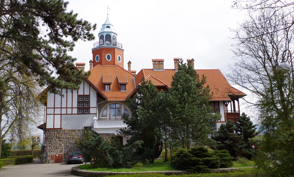 Sopot resort architecture style - Rusalka Villa. Tour to Gdansk, Sopot and Gdynia – Hit The Road Travel