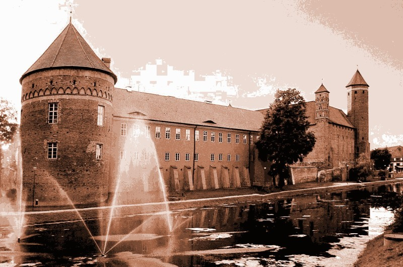 The castle of Warmian bishops in Lidzbark Warminski. Tours of Poland – Hit The Road Travel