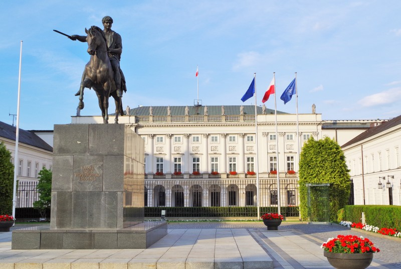 The Presidential Palace in Krakowskie Przedmieście Street in Warsaw. Warsaw tour – Hit The Road Travel