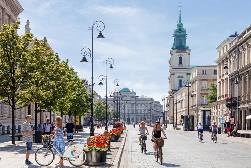 Krakowskie Przedmiescie street. Warsaw tour – Hit The Road Travel