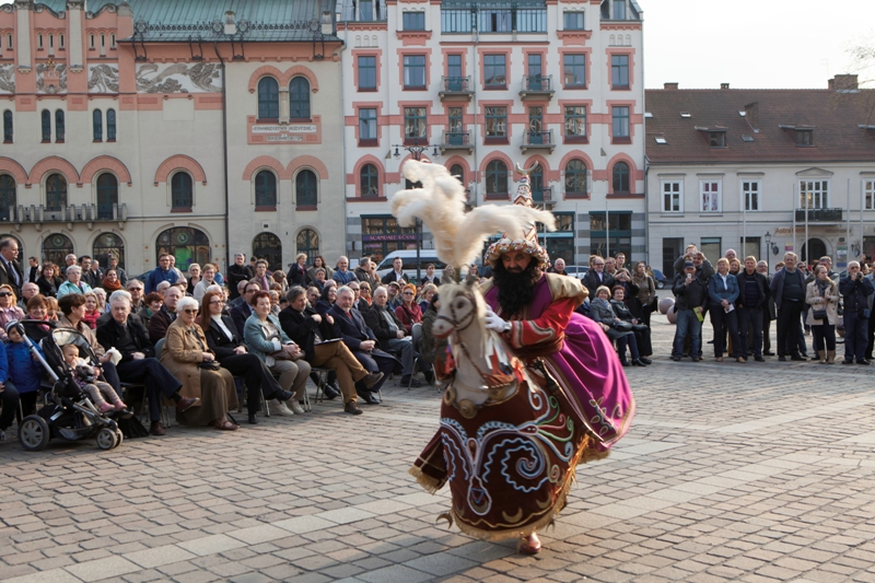 Lajkonik - Trips to Cracow - Hit The Road Travel